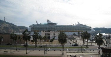 royal-caribbean-cruise-ship
