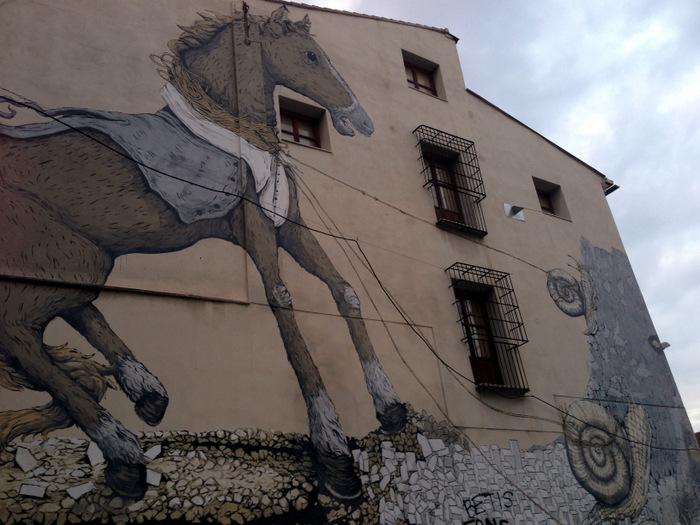 Graffiti Valencia - horse and snail